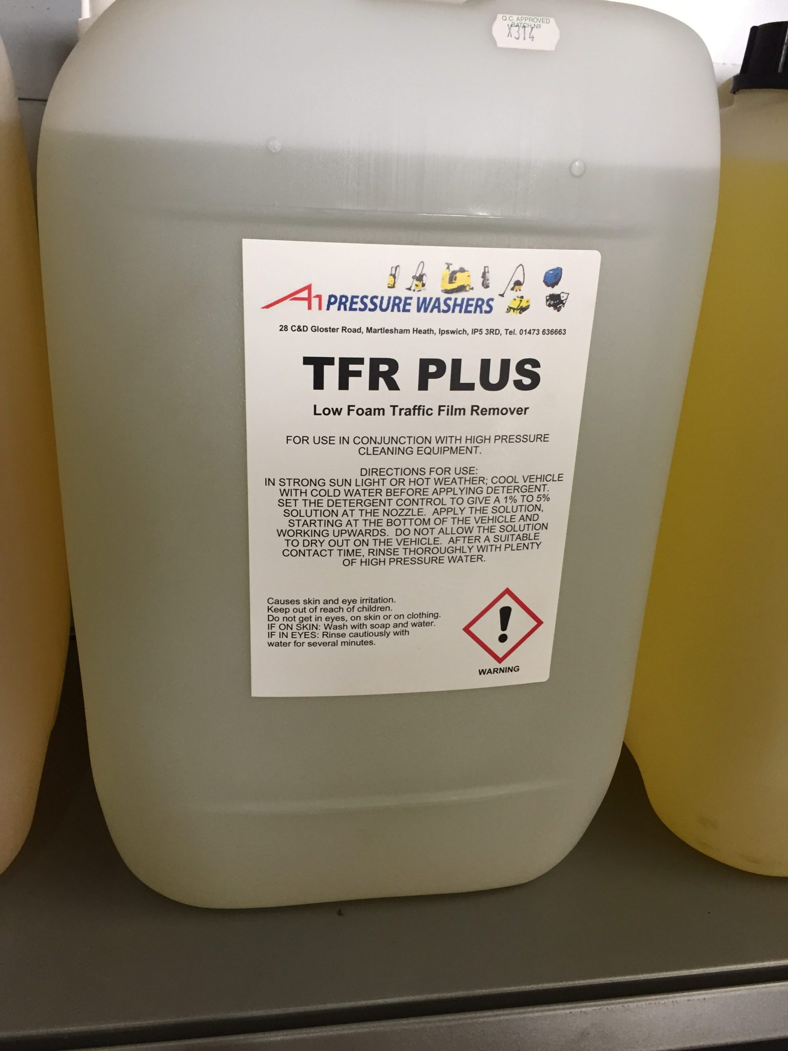 25 Litres Traffic Film Remover Plus A1 Pressure Washers